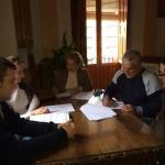 El Ayuntamiento firma el convenio musical para los próximos cuatro años.