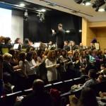 Emotivo homenaje a las costaleras en su 25 aniversario