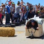 Cientos de bailenenses se vuelcan con la I Carrera de Autos Locos