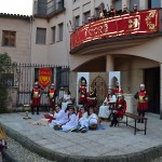 Largas colas de ciudadanos para visitar el Belén Viviente del Sagrado Corazón