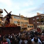 El Saludo anuncia esta tarde la llegada de la Semana Santa