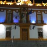 El ayuntamiento celebra el Día del Lupus iluminándose de morado