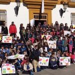 Los escolares se suman al acto institucional contra la violencia de género