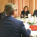 El alcalde expone a Rajoy los problemas de Bailén en una reunión de partido celebrada en la ciudad
