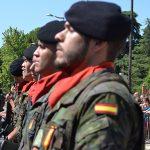 Aguadoras para calmar la sed de los soldados en su despedida
