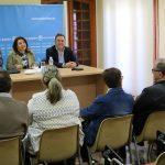 Carmen Crespo se sorprende que Bailén no tenga una Residencia de Mayores y llevará el tema al Parlamento